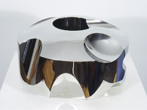 'Bright Ring' 2003 / David Larson / stainless steel