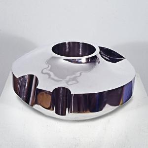 "'Bright Reverse' David Larson / 2003 / stainless steel / 13"" x 7"""