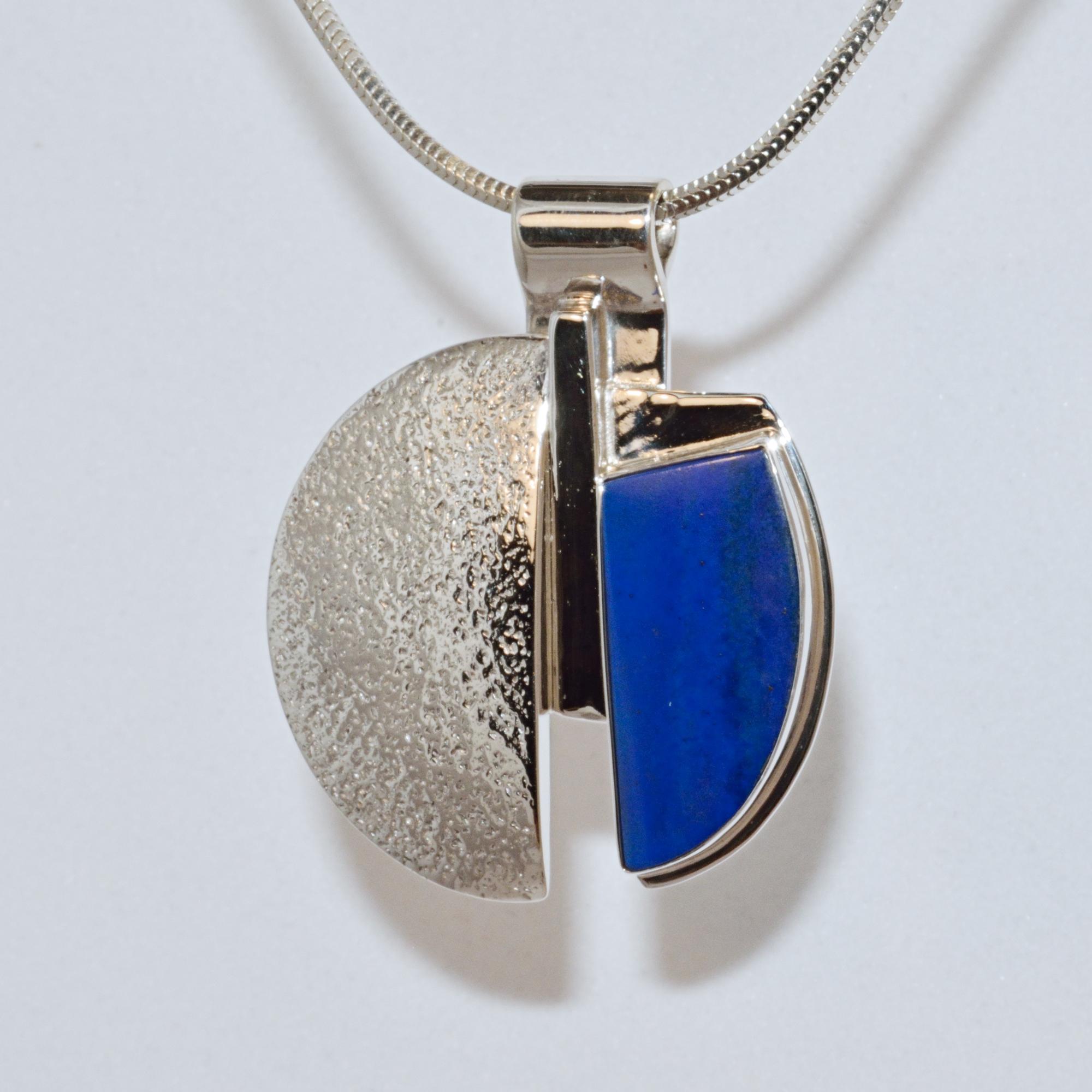pendant jewelry with lapis lazuli