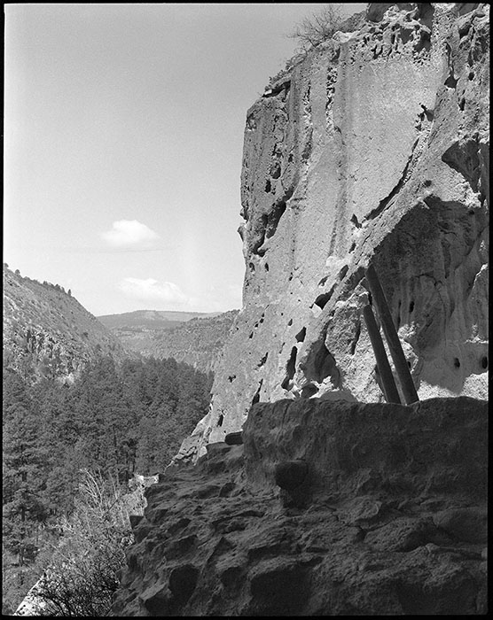 photo of bandelier