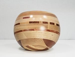 sculpture 'turned globe 1'