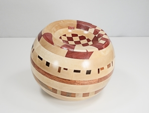 sculpture 'turned globe 2'